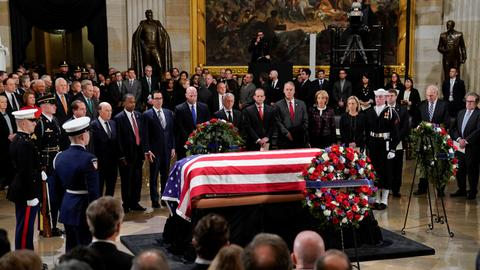 Washington pays respects to Bush as he lies in state at Capitol