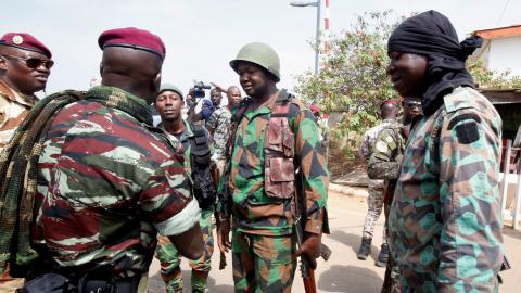 Ivory Coast mutineers announce deal with government