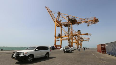 Houthis call for main Yemen port to be neutral zone