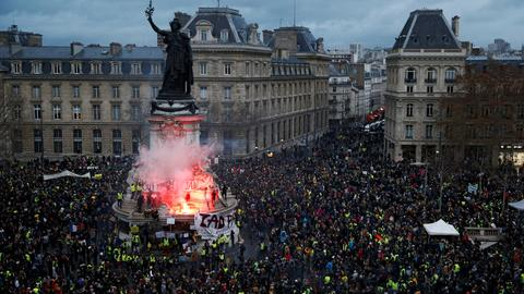France to toughen sanctions on undeclared protests, PM says