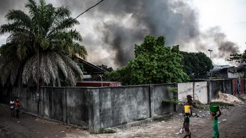 Fire destroys thousands of Congo voting machines in capital