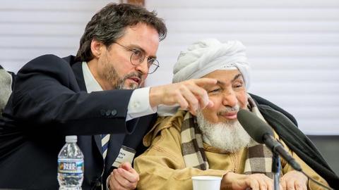 Hamza Yusuf may be the token Muslim Trump's administration needs