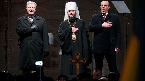 Russians react to split of Ukrainian Orthodox Church