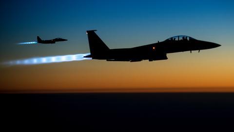 US coalition air strikes kills 17 civilans in Syria's Deir Ezzor
