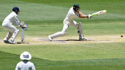 Cricket: Australia is closing in on a win against India