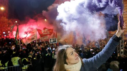 What's behind Hungary's protests?
