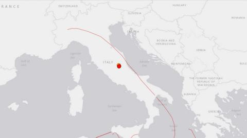 Buildings collapse as three tremors hit central Italy