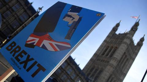 What exactly does a Brexit 'no-deal' mean?