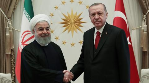 Turkish, Iranian presidents discuss regional stability