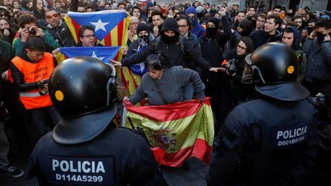 Dozens hurt as Spanish cabinet meets in Catalonia
