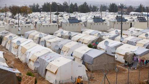 War sees many Syrians find refuge in Turkey
