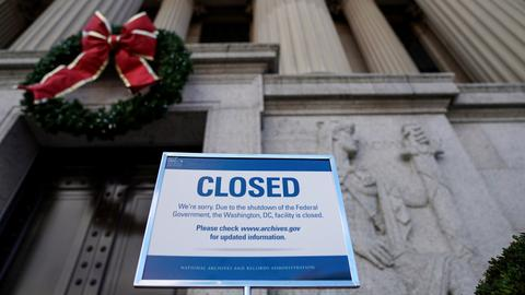 US government shutdown to extend through Christmas