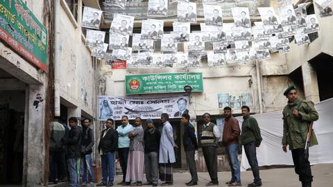 Polls close in violence-marred Bangladesh polls
