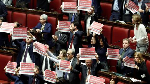 Italy's contentious budget wins government's confidence vote