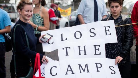 Australia closes controversial immigrant detention centre