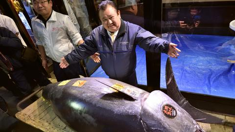 Tuna sells for record $3 million in auction at Tokyo's new fish market