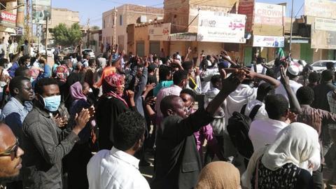 Sudanese flood Khartoum streets, demanding president's ouster