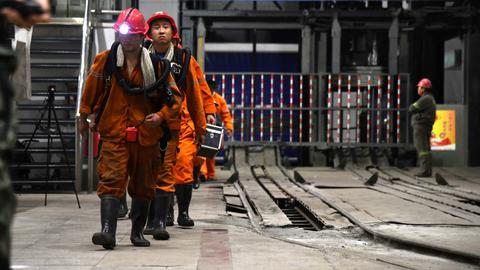 Mining accident in China kills 21