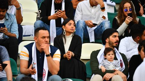 Women throng Saudi stadium for Italian Super Cup