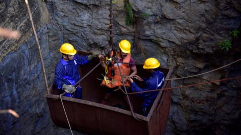Body of 'rat-hole' miner found in flooded India quarry after 35 days
