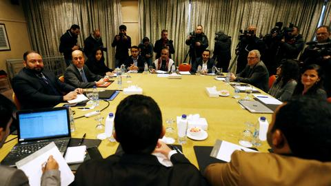 Yemen combatants discuss swap of 15,000 prisoners in Jordan talks
