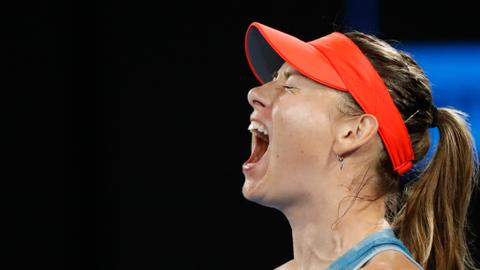 Sharapova eliminates holder Wozniacki at Australian Open