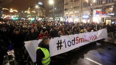 Could the street protests in Serbia threaten the Vucic government?