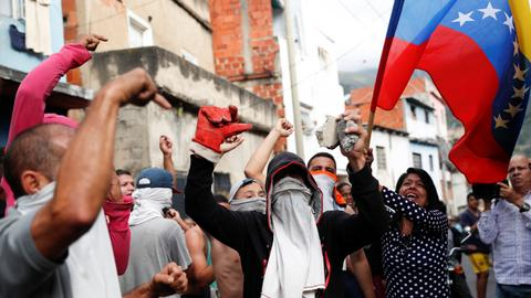 Venezuela's Maduro orders revision of diplomatic relations with US