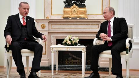 Erdogan in Moscow for Syria talks with Putin