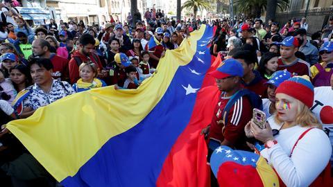 Showdown in Venezuela as Maduro rival claims power