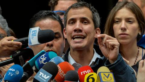 Guaido calls for new Venezuela protests as army shows Maduro support