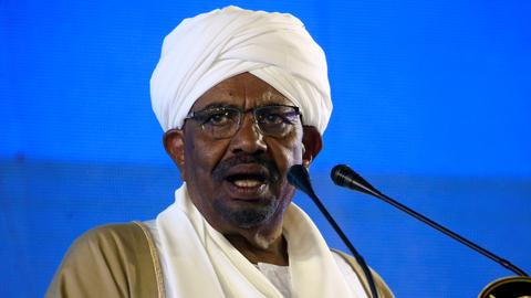 Sudan's Bashir announces reopening of border with Eritrea