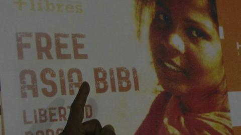 Asia Bibi still in Pakistan, but 'free to go' – foreign office