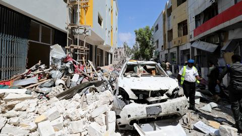 Car bomb kills at least 11 in Somalia's capital