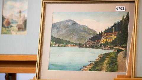 'Hitler' paintings fail to sell at Nuremberg auction