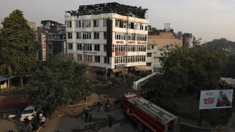 At least 17 killed in fire at New Delhi hotel