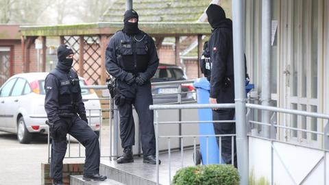 Germany and France arrest three Syrians for crimes against humanity