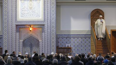 French anti-terror law primarily targets mosques