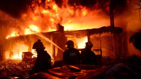 Dhaka inferno kills dozens