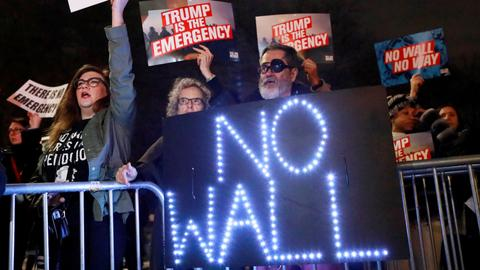Opposition grows in US to Trump's national 'emergency'