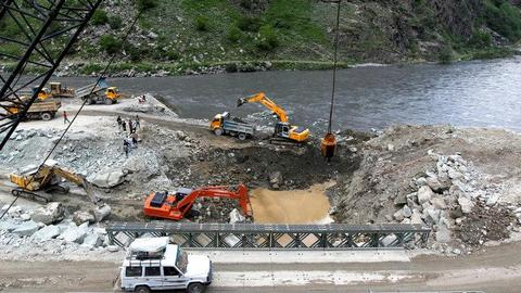 India seeks to control rivers into Pakistan