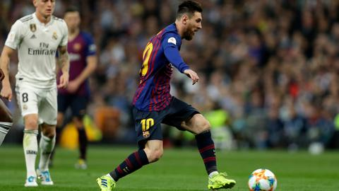 Barcelona beat Real Madrid 3-0 to reach Copa del Rey final