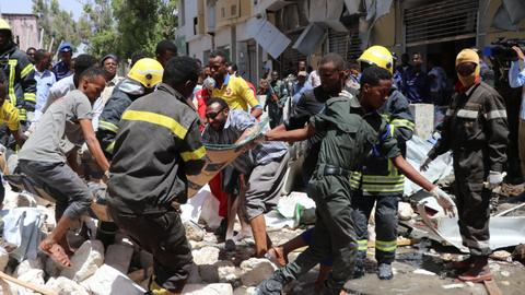 Car bomb targets Mogadishu hotel, killing at least 11