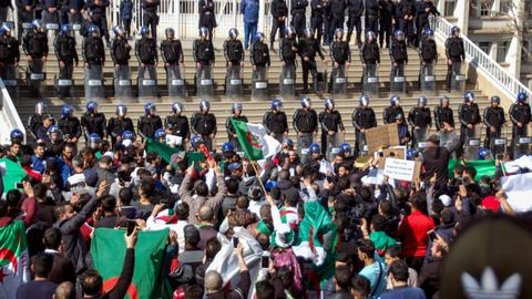 Over 180 wounded in protests against Algeria's Bouteflika