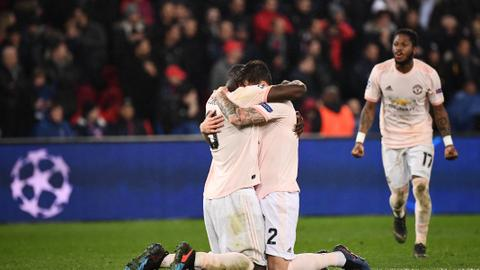 Man United stuns PSG, Porto beats Roma to reach CL quarterfinals
