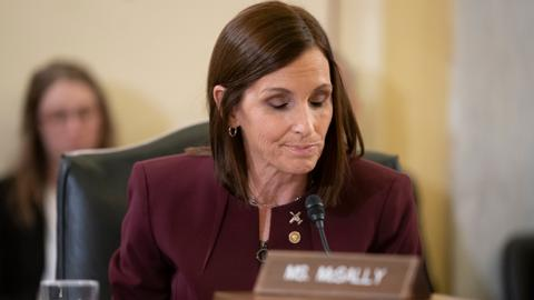 US Senator McSally says she was raped by a senior officer in US Air Force