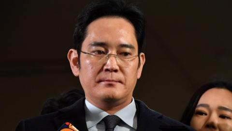 Samsung chief grilled again in South Korean corruption scandal