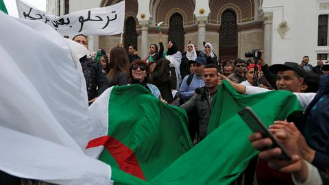 Thousands protest in Algeria against defiant Bouteflika