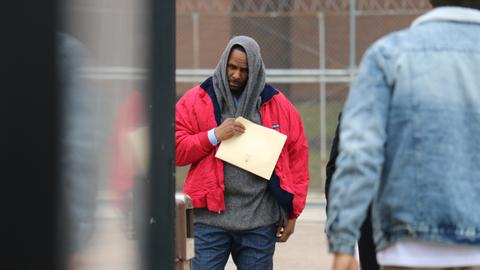 R. Kelly released from jail after paying child support