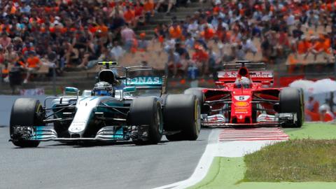 Mercedes look to burst Ferrari's bubble in Melbourne
